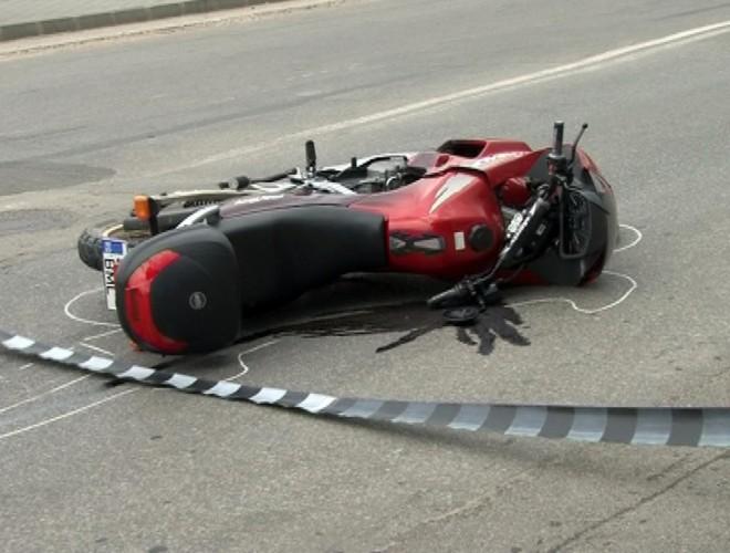 Motociclist în STARE GRAVĂ, după un accident pe DN72 între Târgovişte şi Ploieşti