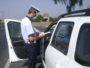 Aproape 400 de amenzi aplicate de poliţiştii prahoveni pentru VITEZĂ EXCESIVĂ