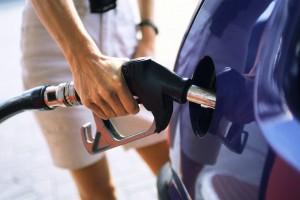 Atenţie, şoferi! Petrom a ieftinit din nou carburanţii