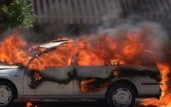 Un autoturism a luat foc in centrul Ploiestiului