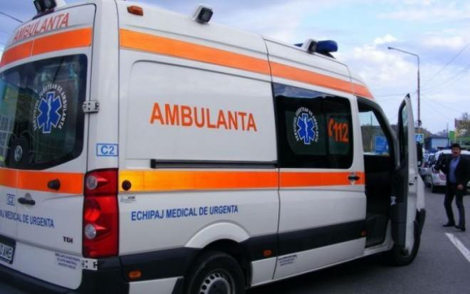 Copil lovit de un autoturism la Vărbilău