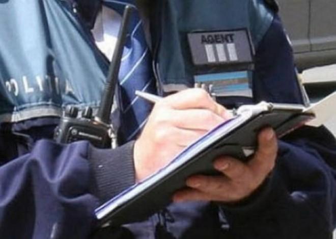 Poliţiştii rutieri au aplicat SUTE de SANCŢIUNI şoferilor indisciplinaţi