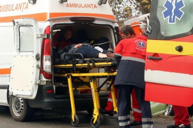 Accident GRAV pe DN 1A, la Movila Vulpii. Trei persoane, RĂNITE