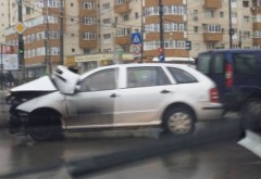 Accident în zona Ofelia din Ploiești. Două persoane, la SPITAL