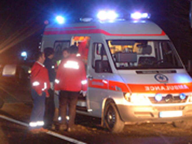 ACCIDENT în Sinaia. Un pieton a fost lovit de maşină