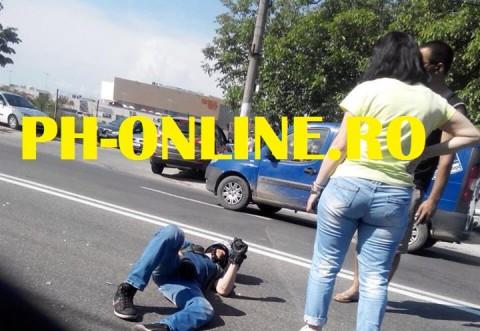 Accident in cartier Albert: Un motociclist a ajuns pe asfalt dupa ce s-a izbit de o masina