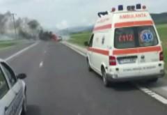Microbuz plin cu pasageri, implicat într-un ACCIDENT GRAV în Prahova