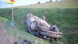 Două mașini s-au răsturnat, marți dimineață, în Prahova