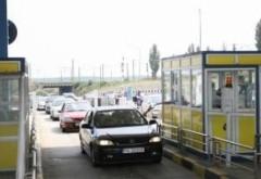 Cozi la staţia de taxare pentru trecerea pe podul de la Feteşti. Ce anunţă CNADNR