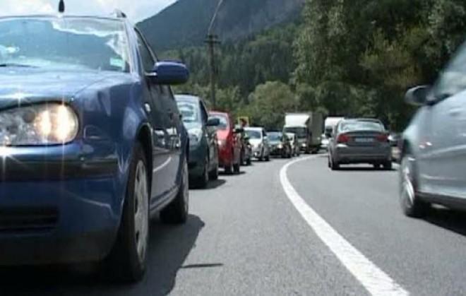 COȘMAR pe DN1. Ce surpriză neplăcută îi aşteaptă pe şoferii care circulă între Predeal şi Braşov