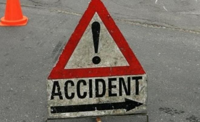 Accident pe DN1 la Băneşti. Două persoane au fost RĂNITE