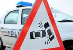 Autoturism răsturnat pe DN1, la Posada