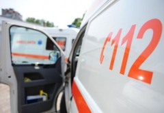 Doi copii au fost loviţi pe trecerea de pietoni în faţa Liceului Ion Luca Caragiale