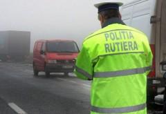 Mai multe permise auto şi certificate de înmatriculare, reţinute de poliţiştii din Prahova