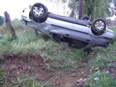 Două maşini s-au răsturnat, marţi, în Prahova
