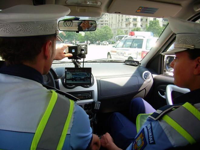 Sute de radare pe drumurile din România