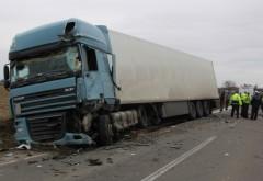 Accident între un TIR și un autoturism pe DN1 A