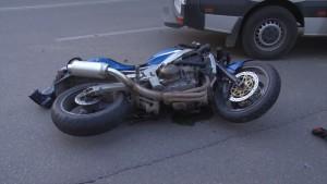 Accident la Păulești. Victima e un motociclist