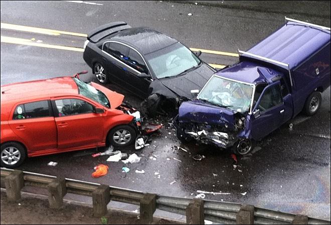 Trei mașini implicate intr-un accident pe DN72
