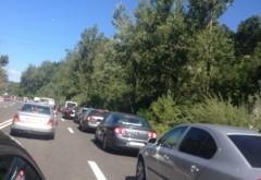 Trafic dirijat pe DN1, la Băneşti