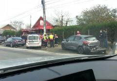 ACCIDENT RUTIER la Pucheni. 5 autoturisme implicate, mai mulţi răniţi