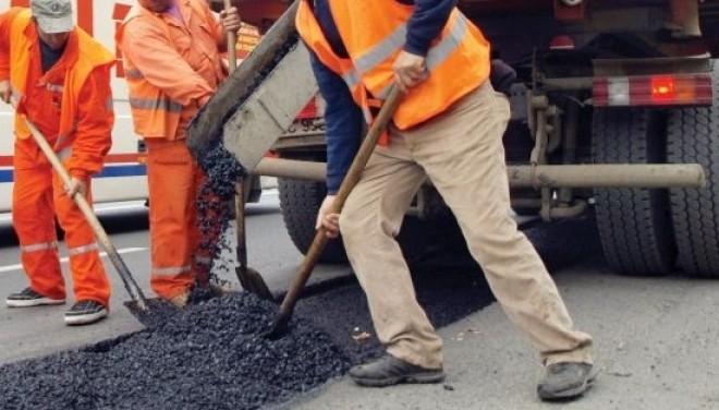 NEREGULI la executarea lucrărilor de asfaltare în Sinaia şi Comarnic