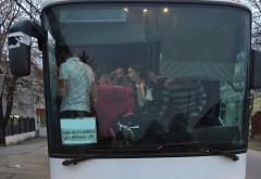 NEREGULI GRAVE. Cum sunt transportaţi oamenii în Prahova
