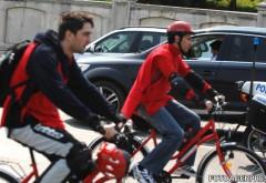Modificare a legislatiei rutiere: depasirea unei biciclete se face la o distanta minima de 1,5 m