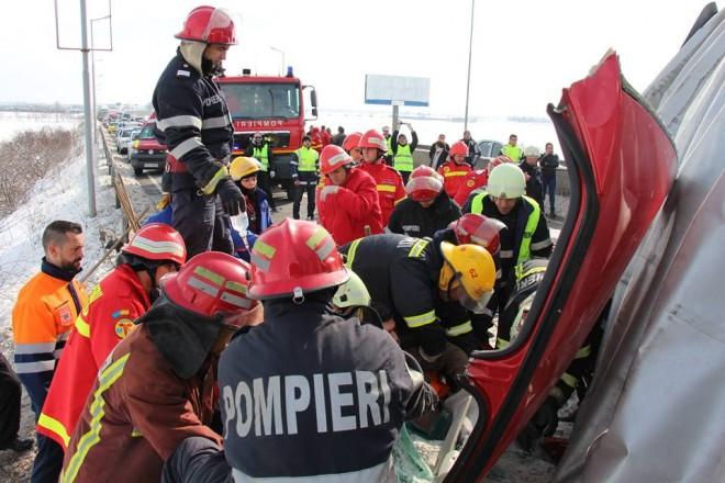 Fotografii SOCANTE de la accidentul de astazi, de pe Centura de Vest