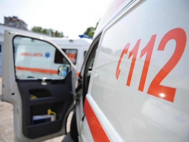 Inca un accident cu TAXI la Ploiesti! 4 persoane, la spital