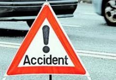 UPDATE Accident la Româneşti! Două persoane, ÎNCARCERATE! Elicoperul SMURD, la faţa locului