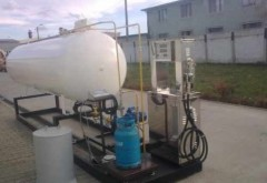 Un TIR  a lovit un rezervor GPL in benzinarie