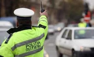 Dosar penal pentru un şofer prahovean care a încercat să îi mintă pe poliţişti