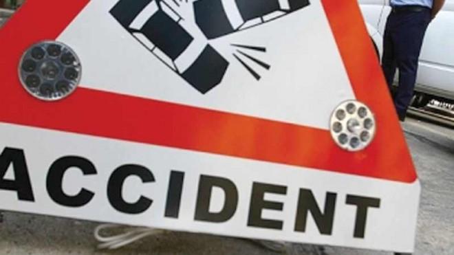 Accident cu PATRU maşini, în Ploieşti
