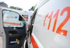 Două persoane rănite, după coliziunea a două maşini, la Câmpina