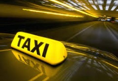 Controale la taximetriştii din Sinaia