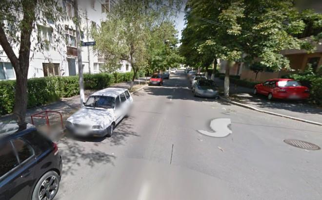 Un sofer BEAT a lovit mai multe masini pe strada Carol Davila din Ploiesti