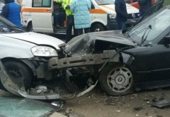 Accident cu 3 masini in Cartier Albert
