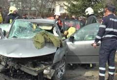 GRAV accident în județul Prahova. Șoferul FĂRĂ PERMIS s-a izbit de un CAP DE POD