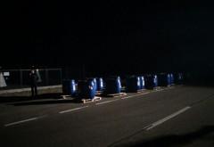 La un pas de o CATASTROFĂ, pe Centura de Vest a Ploieştiului! Mai multe bidoane cu explozibil s-au răsturnat dintr-un camion