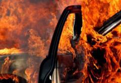O masina a luat foc pe strada Alexandru Odobescu din Ploiesti