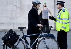 Biciclistii si pietoni, amendati de politistii prahoveni