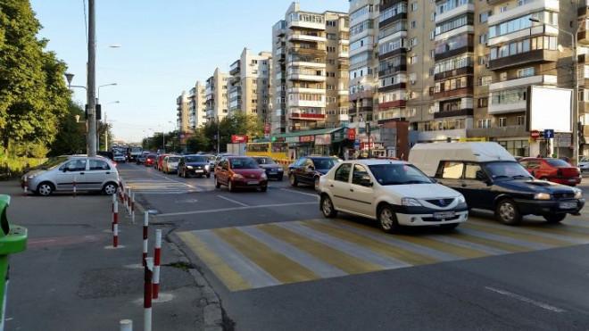 Un nou accident in Bariera Bucuresti, pe trecerea pentru pietoni! Un tanar a fost lovit de masina