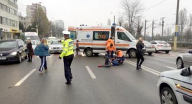 "Accident in Ploiesti, in zona ""Lamaita"". Un pieton a fost lovit de masina"