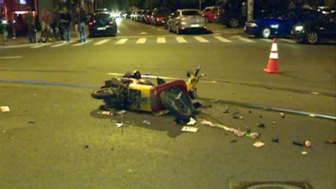 Accident in Ploiesti, pe strada Barcanesti. Un scuter a fost spulberat de masina