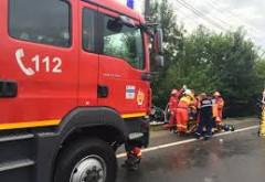 Accident pe DN 1, la Romanesti. Un barbat, INCARCERAT, dupa ce a intrat cu masina intr-un gard