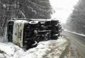 Sâmbătă - circulaţie oprită pe DN 1A Cheia - Braşov; se efectuează operaţiuni de tractare a unui autocamion