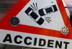 Accident pe DN 1, la Banesti. O masina a intrat in parapet