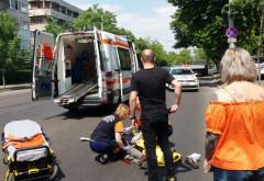 Accident pe strada Democratiei din Ploiesti! Batran spulberat de un taxi pe trecerea de pietoni!