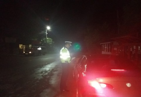 Polițiștii au făcut PRĂPĂD, sambata noapte, pe drumurile din Prahova